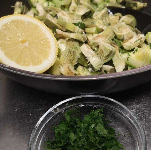 Alcachofas y verduras